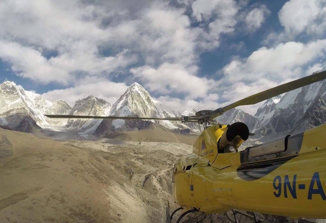 Scenic helicopter flight... to Mount Everest
