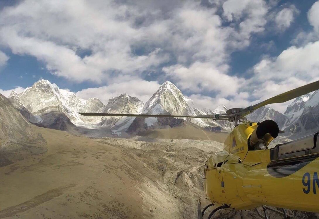 Scenic helicopter flight to Mount Everest