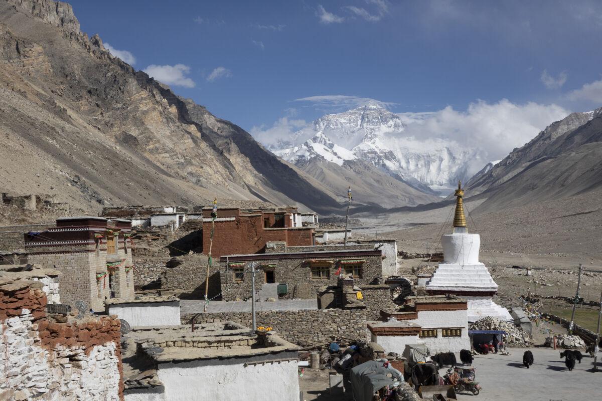 Rongbuk monastery, reached via Tingri