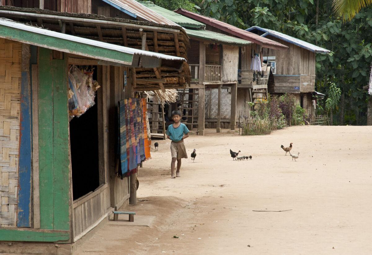 Trek amongst hilltribe villages in Phongsali