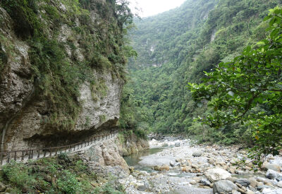 Hike the trails of Taiwan's Taroko Gorge