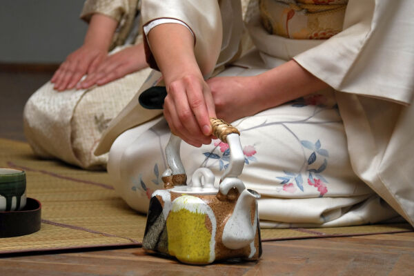 Tea ceremony and meditation, Kyoto