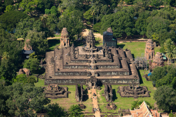Read about our microlight flight<br>over the Angkor temples