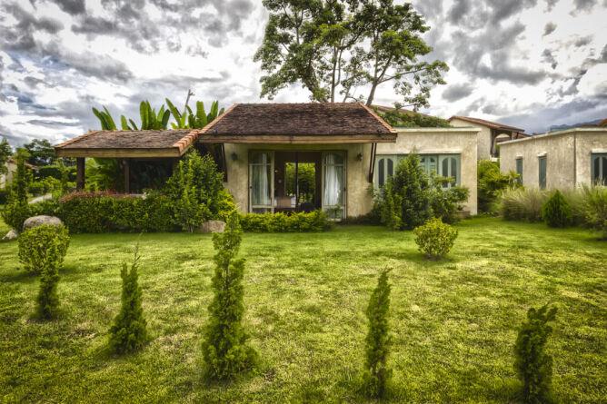 Reverie Siam - Rustic villa exterior