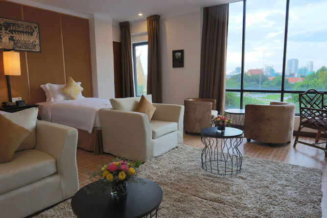 Royal Deluxe twin room