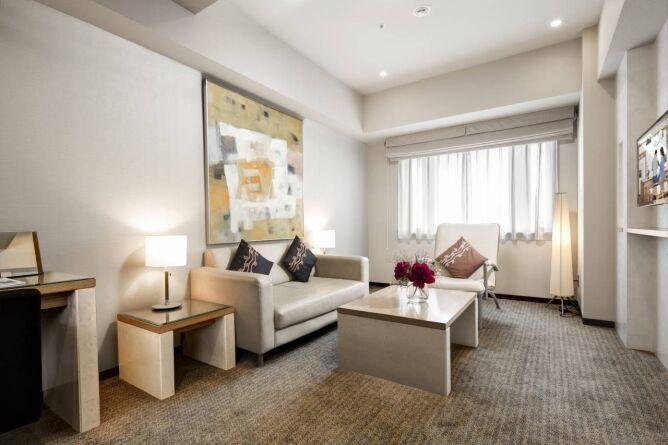 Executive Twin living room area