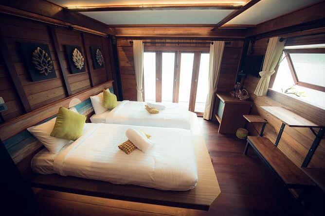 Greenery Villa room with balcony
