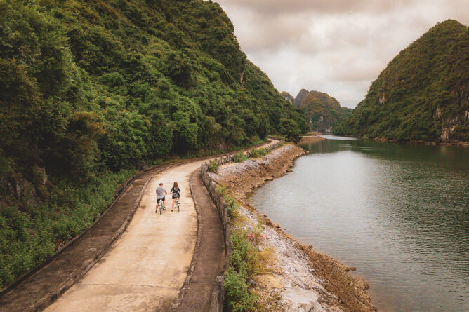 Cycling on Cat Ba Island