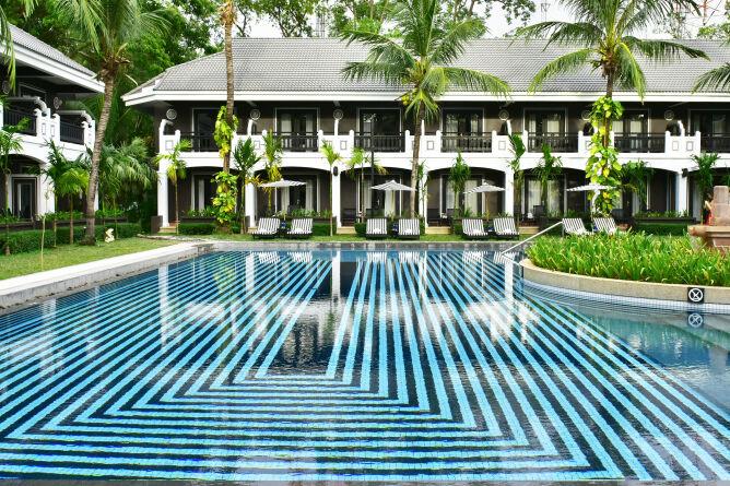 Shinta Mani Shack - poolside