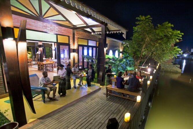 Canalside dining