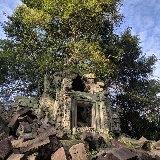 camping at the angkor temples