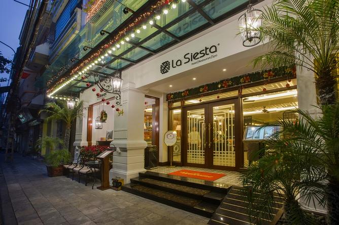 Hanoi La Siesta Classic and Red Bean restaurant