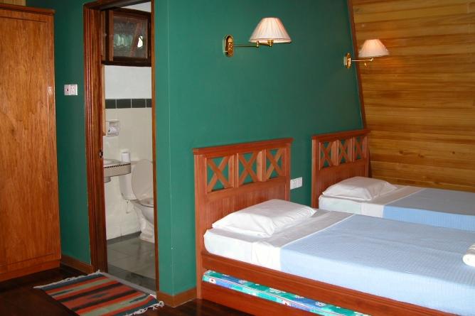 Hill Lodge twin room