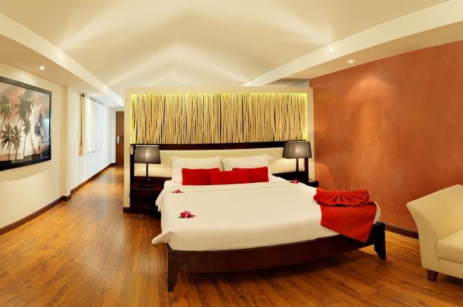 Tropical Suite interior