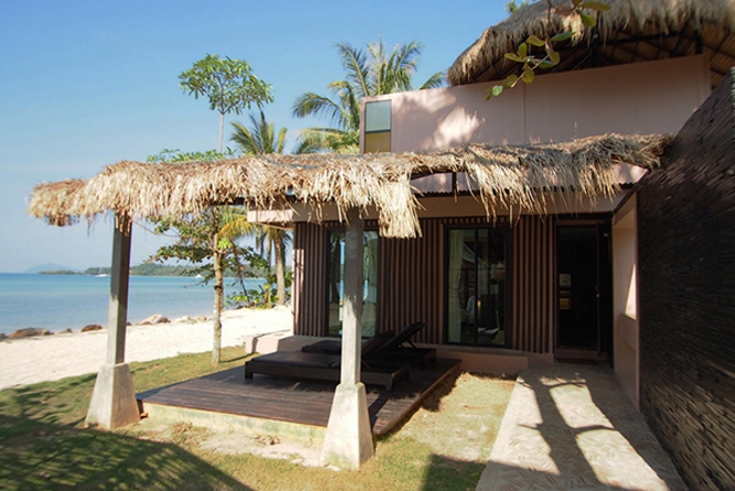 Seavanna Suite Beachfront