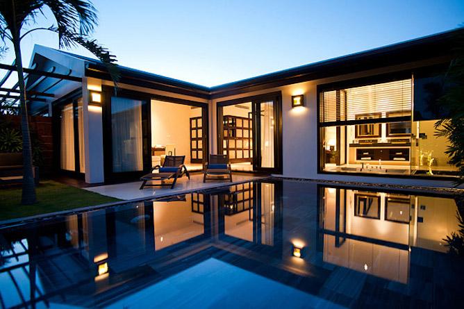 Pool villa exterior