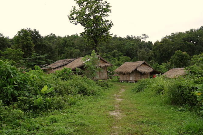 Double bedded standalone huts located by the lake