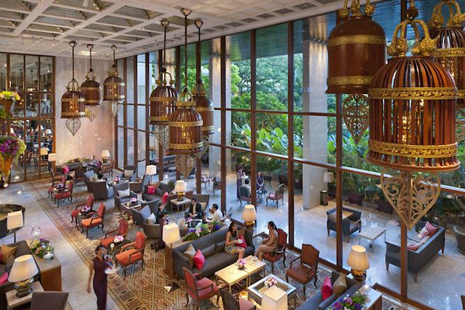 Hotel reception & lobby area