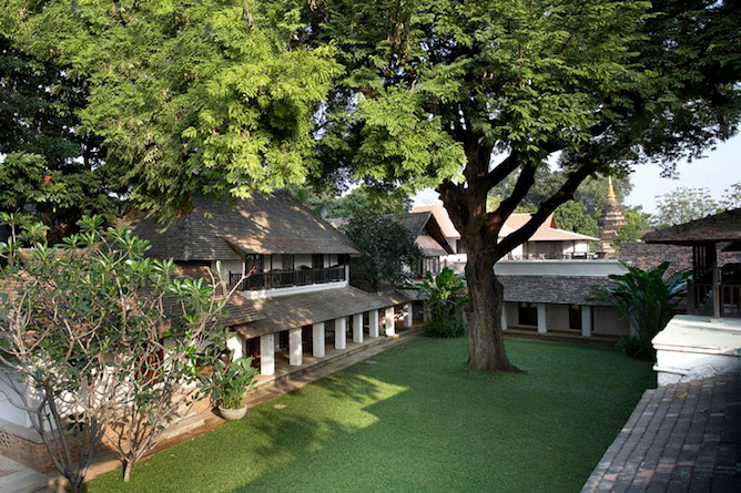 Tamarind Village, Chiang Mai. A view of the courtyard