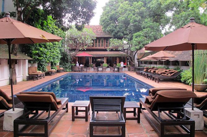 The swimming pool & sun terrace