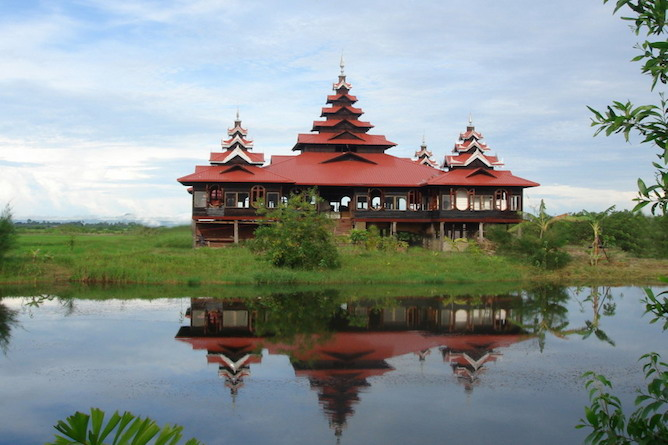 The resort with views over the lake & paddy fields