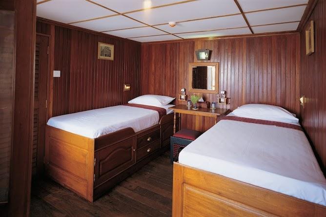 A superior twin cabin