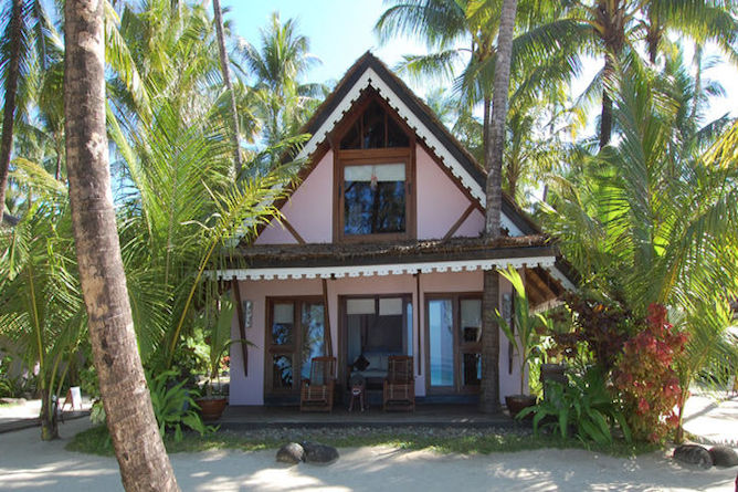 Sandoway set on the pristine Ngapali Beach