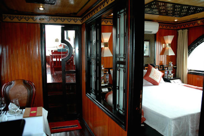 The luxurious double cabin with adjacent dining room