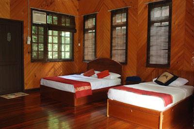 Longhouse twin room