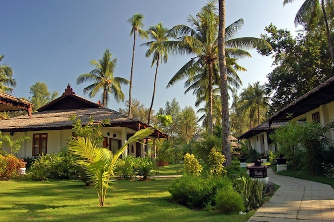 The bungalows & gardens