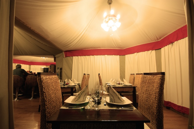 Experience a wide choice of western as well as local traditional cuisine