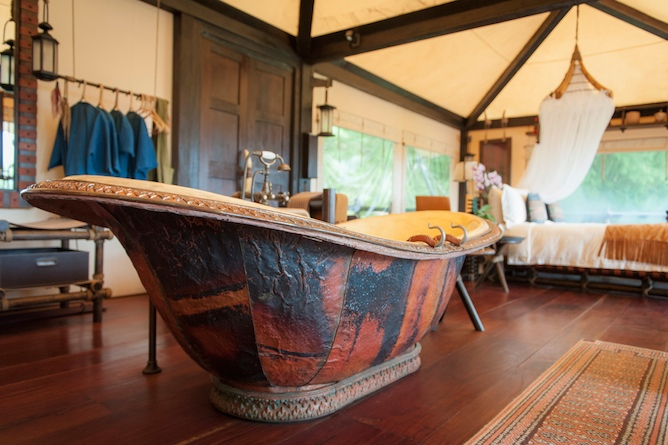 Enjoy the luxury hot-tub with views of the surrounding rainforest
