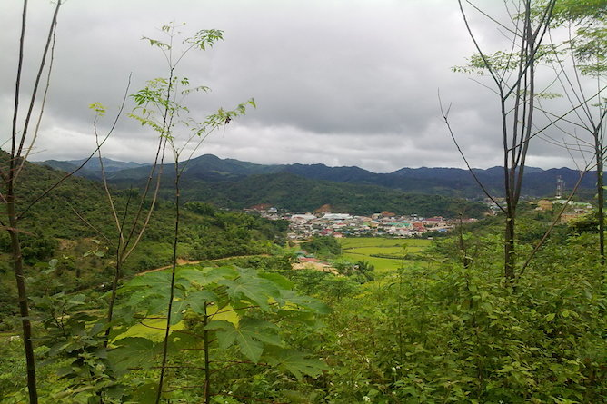 Sam Neua is a sleepy city located in a valley in the Houaphan Province