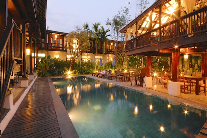 Swimming pool, Bistro and terrace