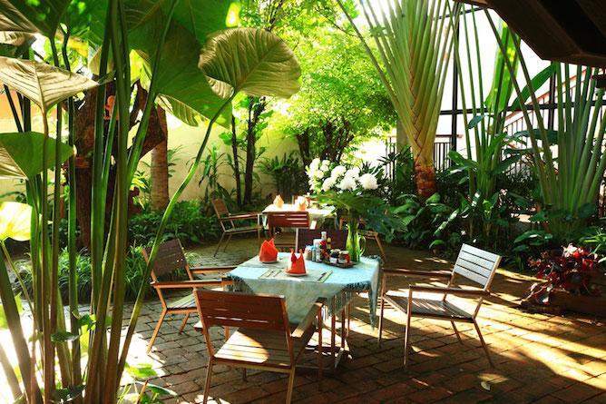 The hotel courtyard garden