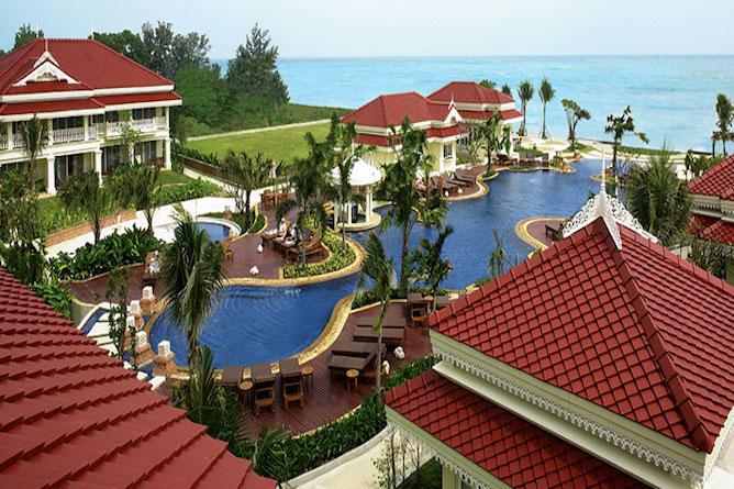 Overview of the Wora Bura resort