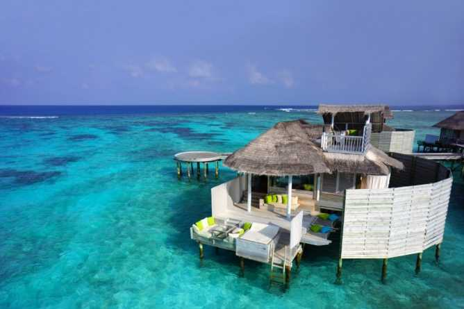 Which are the most romantic hotels in the Maldives?