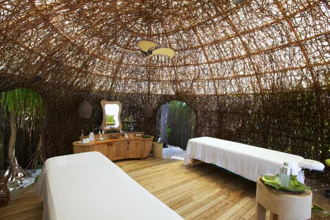 Six Senses spa - 'nest' treatment room