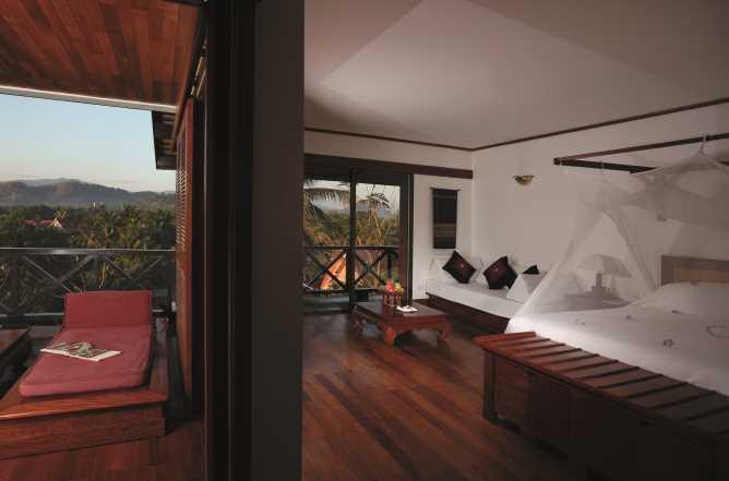 Junior suite overlooking tropical gardens