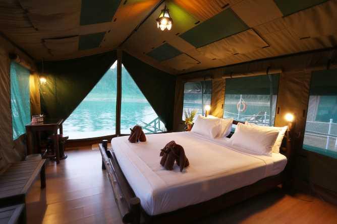 'Floating' accommodation
