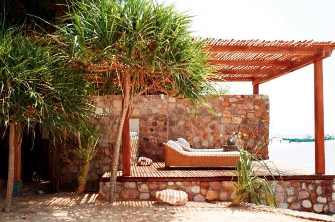 Bathing pavilion