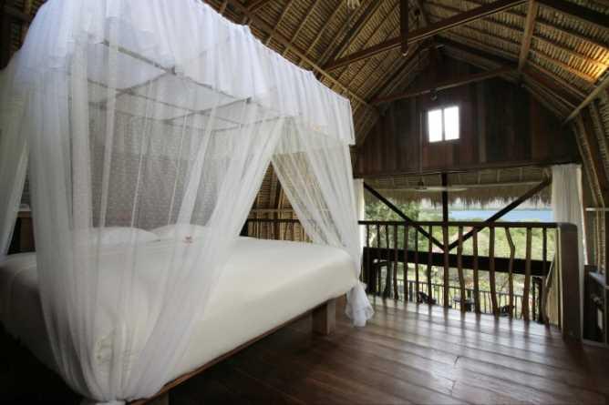 Lumbung Suite interior