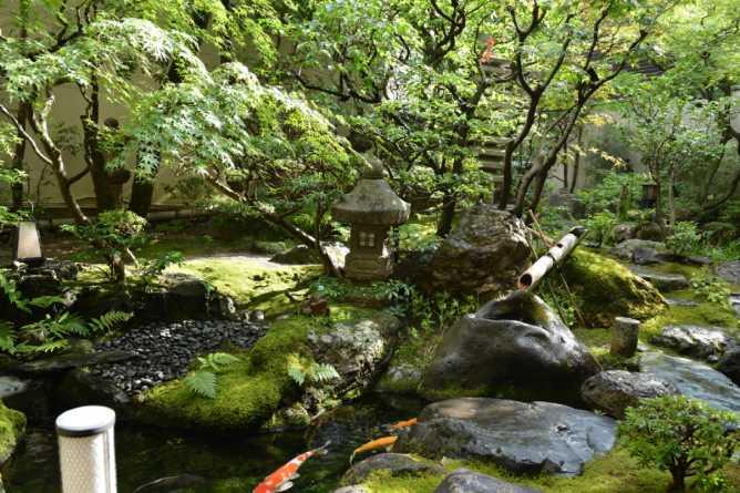 Yoshikawa's Japanese garden