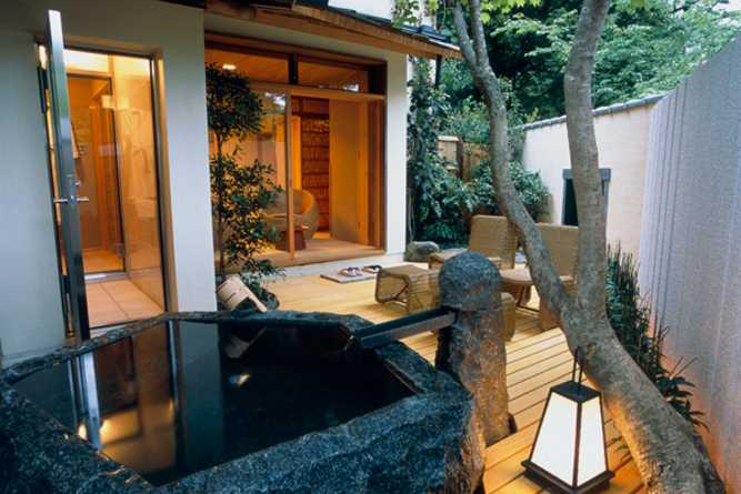 Tatami room with stone bath
